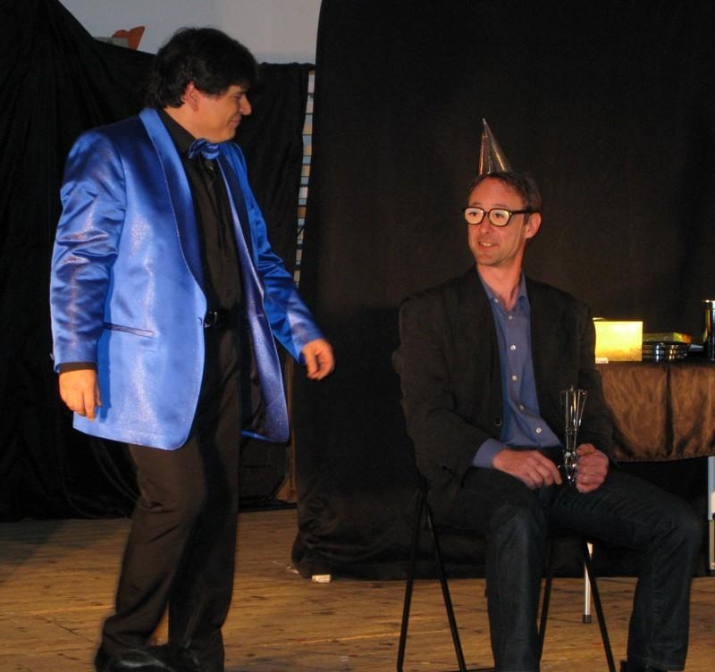 Magician Olivier OK MAGICS in Mindreading experience with spectator Jubilée Show Brussels 2010