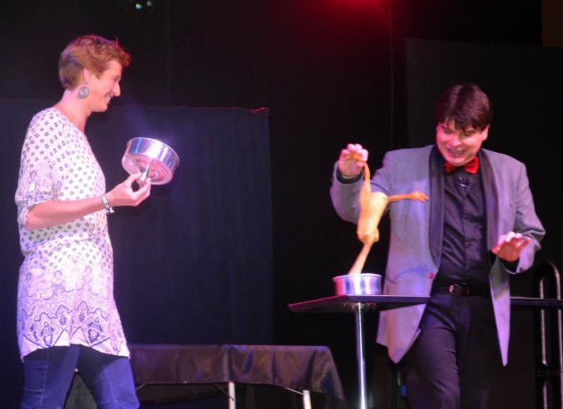 Magician Olivier Klinkenberg OK MAGICS stage act with spectator